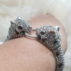 Jewelry - Rhinestone Leopard Tug-of-War Bracelet